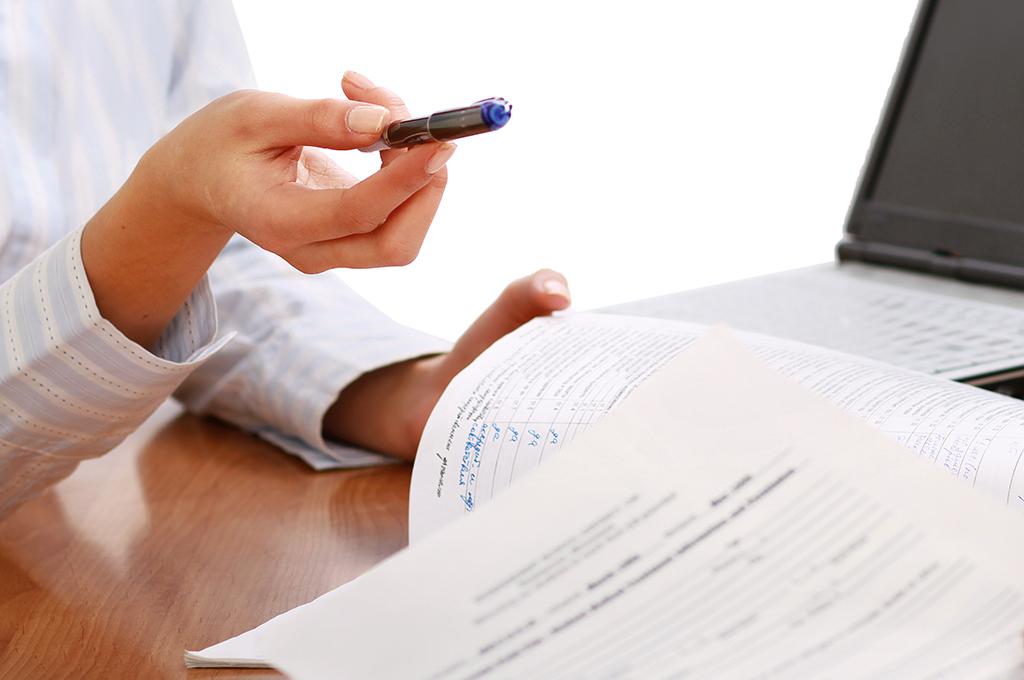 Les contrats aidés et mesures jeunes