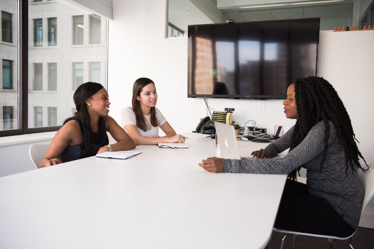 Formation : divers professionnels peuvent vous informer et vous accompagner dans votre projet d'orientation.