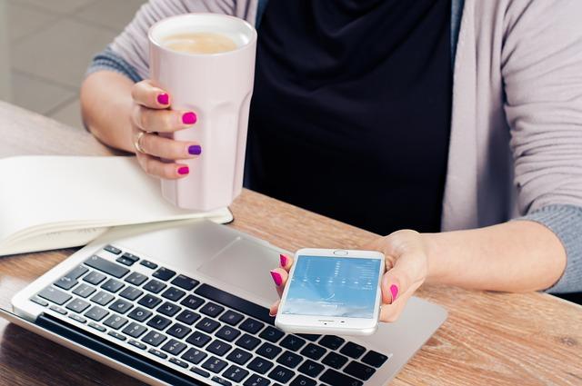 rechercher un emploi avec les outils numériques